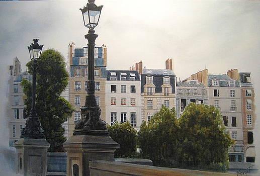 Paris Stroll by Victoria Heryet