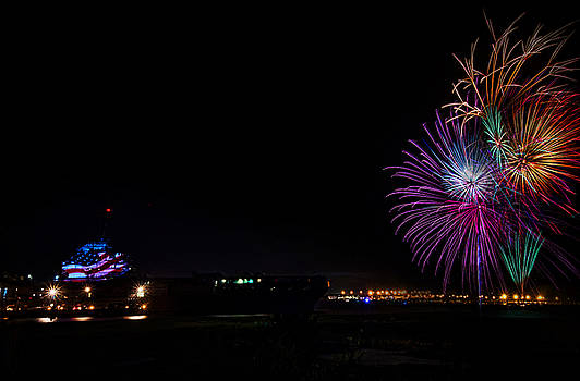 Patriot Point Firework by Riddhish Chakraborty
