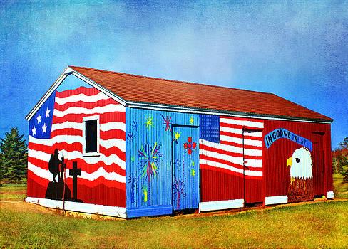 Patriotic Barn by Vicki McLead