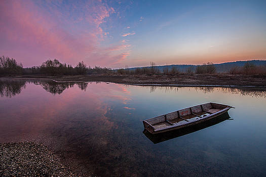 Peaceful morning at river by Davorin Mance