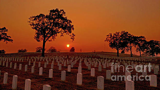 Peaceful Sunset by Geraldine DeBoer