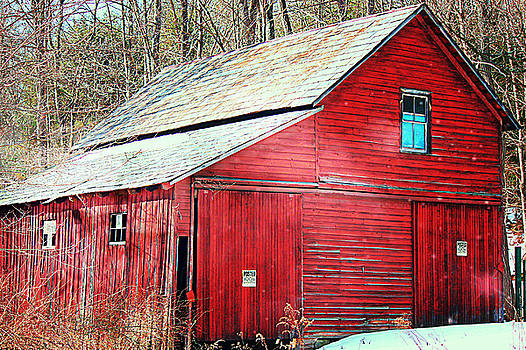 Pennsylvania Barn by Sheryl Bergman