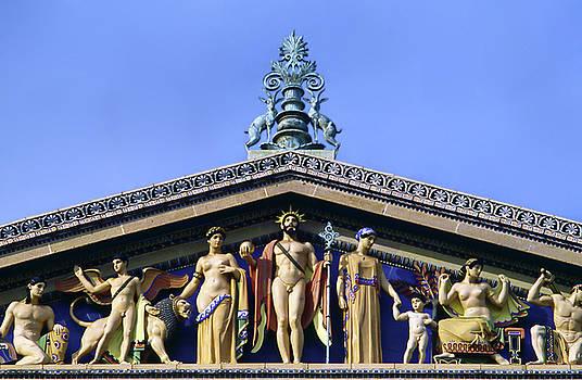 Philadelphia Museum of Art Pediment by Sally Weigand