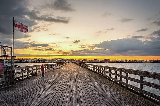 Pier sunset by Jeremy Sage