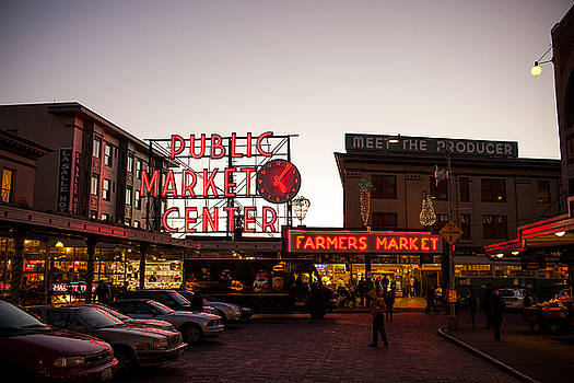 Pike Place Market 2 by Paul Bartoszek