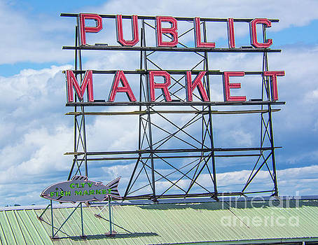 Pike Street Market by John Greco
