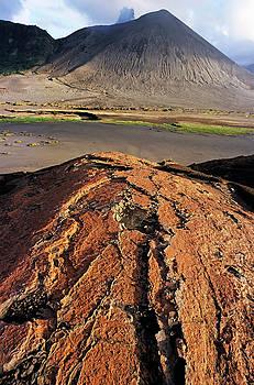 Sami Sarkis - Pink sand on an ash plain in front of Mount Yasur