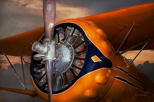 Mike Savad - Plane - Prop - The Gulfhawk