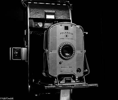 Polaroid Model 95a by Mike Ronnebeck
