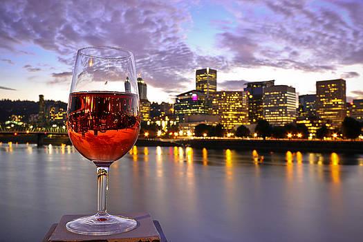 Portland, Or Willamette River by David Rigg