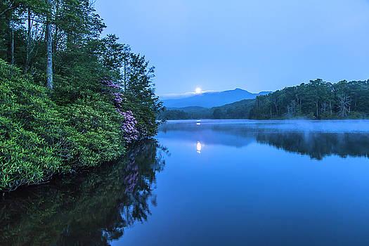Price Lake Moon by Nicole Robinson