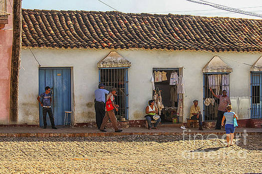 Patricia Hofmeester - Private shops on a street in Trinidad, Cuba