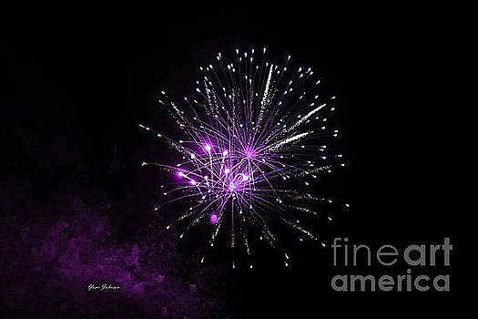 Purple sparkle in the Sky by Yumi Johnson
