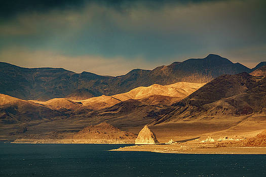 Pyramid Lake at Sundown by Janis Knight