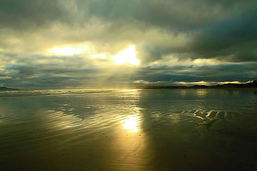 Martina Fagan - Radiant beach