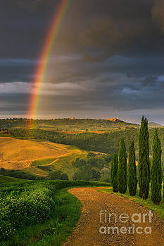 Rainbow near Pienza, Tuscany, Italy by Henk Meijer Photography