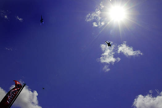 Reach The Skies by Miroslava Jurcik