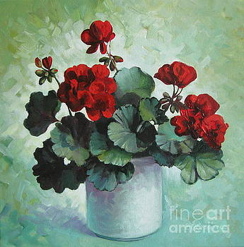 Red geranium by Elena Oleniuc