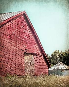 Red Hay Barn  by Melissa Bittinger