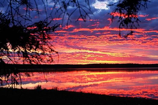 Larry Ricker - Red Sky at Morning