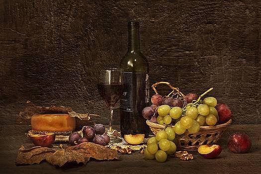 Red Wine by Tony Goran