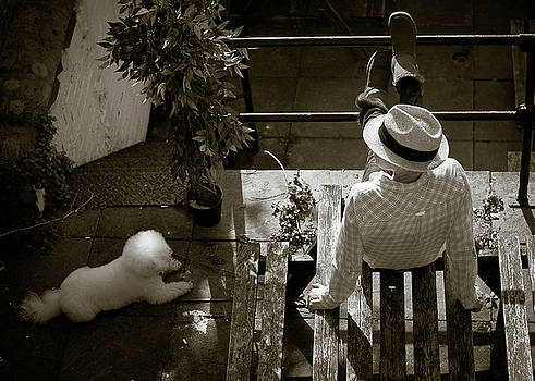 Relaxing on the patio by Paul Jarrett