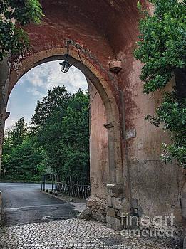 Road to Il Giardino by Joseph Yarbrough