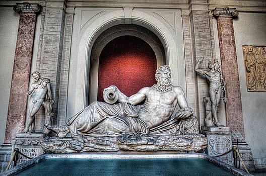 Roman Sculpture by Miguel Pardo