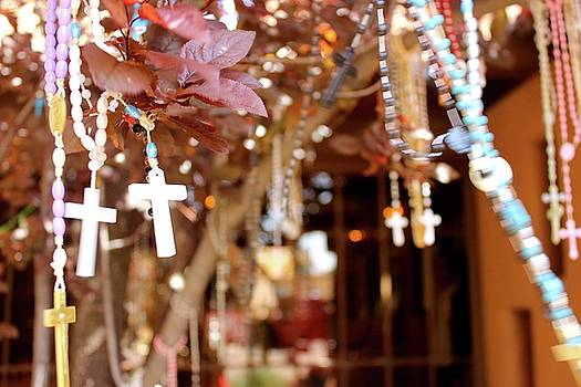 Rosaries in Santa Fe by Janice Aponte