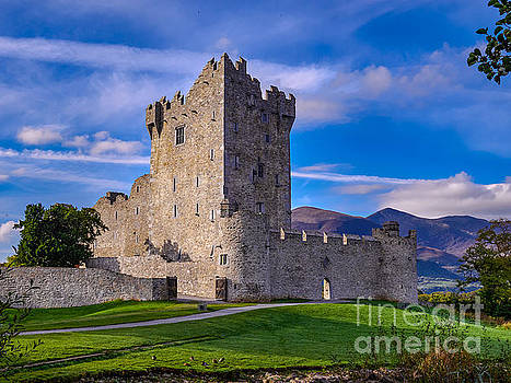 Ross Castle by Juergen Klust