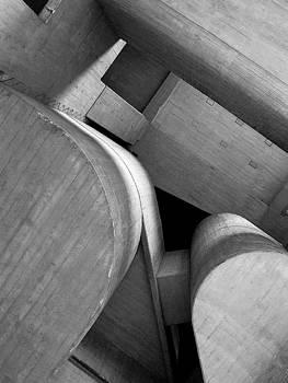 Rupturas de simetria by Maria Jose Llanos