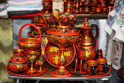 Yvonne Ayoub - Russia Moscow Folk art 01