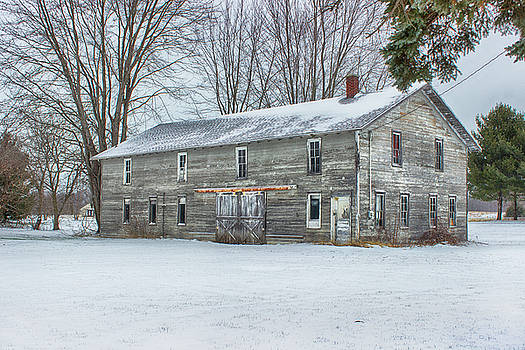 Rustic Barn by Tammy Chesney