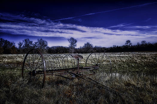 Rusting away in Oklahoma by David Longstreath