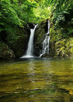Rydal falls by Pete Hemington