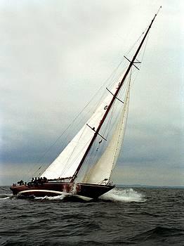 Sailboat racing by Juozas Mazonas