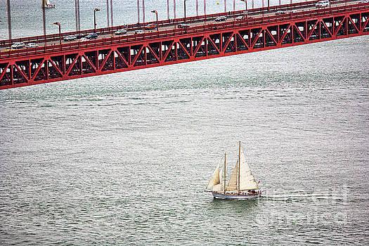 Chuck Kuhn - Sailboat under Golden Gate San Francisco