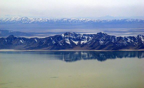 Salt Lake Mountains by Elena Tudor