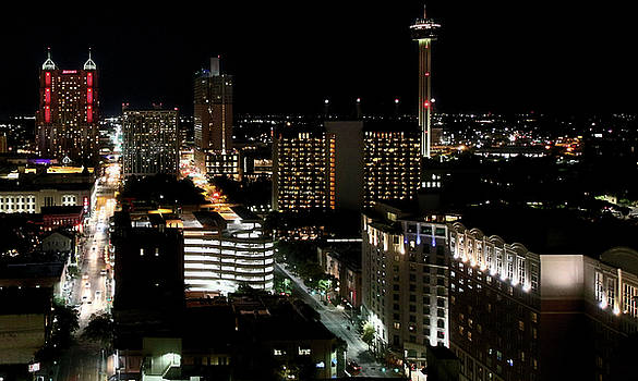 San Antonio 14 by Robert McCubbin