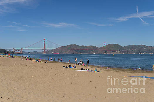 Wingsdomain Art and Photography - San Francisco California Crissy Field East Beach DSC3088