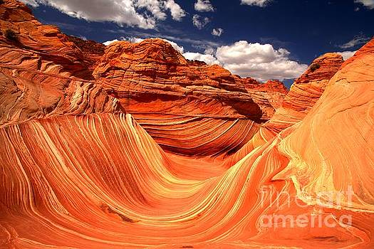 Adam Jewell - Sandstone Waves And Clouds