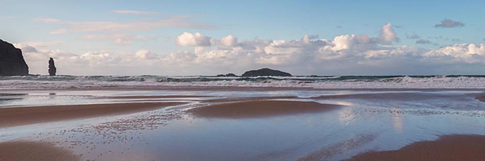 Sandwood Bay Panorama by Derek Beattie