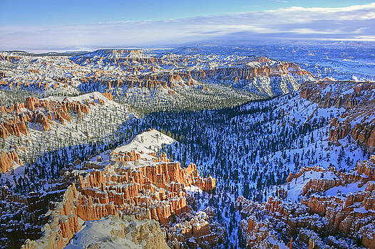 Scenic Bryce Point by Dan Myers