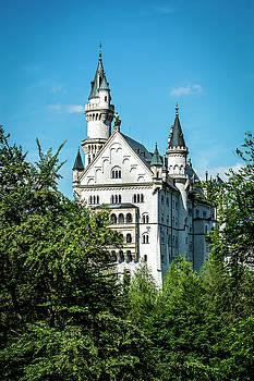 Schloss Neuschwantstein by David Morefield