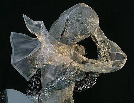 Sculpture by Lydie Dassonville