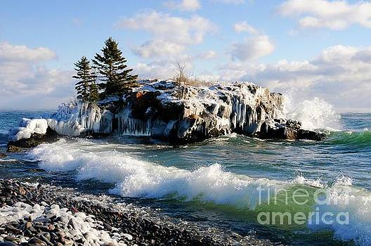 Sea Smoke at Hollow Rock by Sandra Updyke