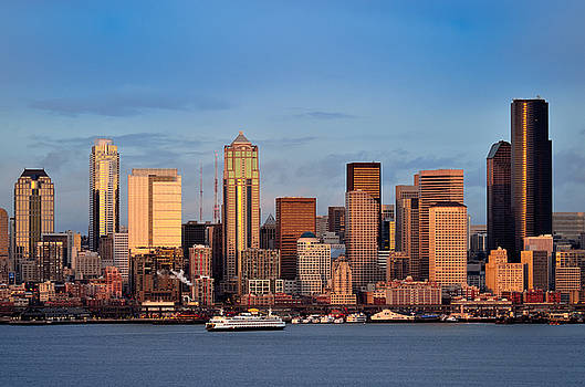 Seattle downtown skyline at dusk viewed from Hamilton park by Jay Mudaliar