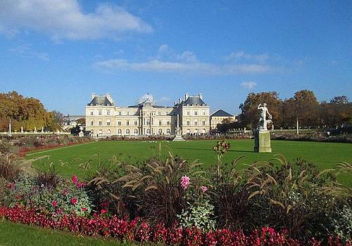 Senate from Jardin du Luxembourg by Christopher Kirby