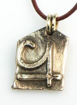Serendipity Amulet by Virginia Vivier