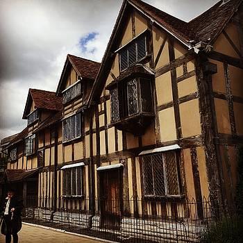 Shakespeare's Birthplace by Jennifer Ansier